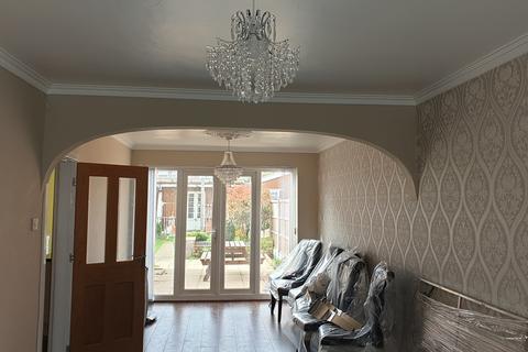 3 bedroom terraced house to rent - Bucklands End Lane, Birmingham