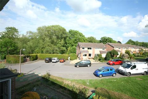 3 bedroom semi-detached house to rent - Chase Avenue, Charlton Kings, Cheltenham, GL52