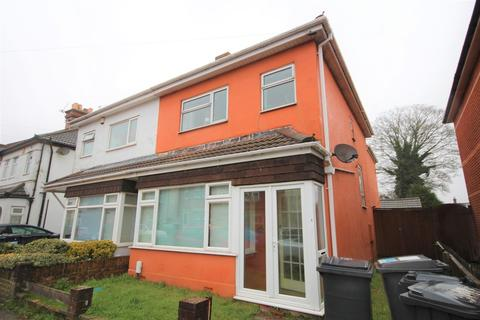 5 bedroom detached house to rent - Cardigan Road, Bournemouth