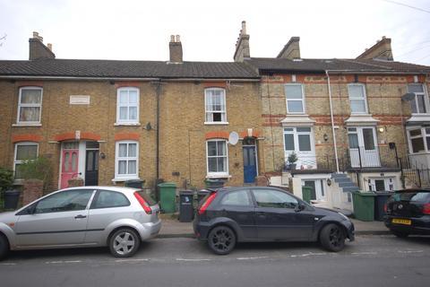 2 bedroom terraced house to rent - Kingsley Road,  Maidstone, ME15