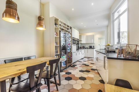 3 bedroom house to rent - Eton Avenue London N12