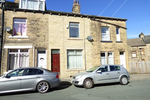4 bedroom house to rent - Mount Terrace,  Eccleshill, Bradford, BD2