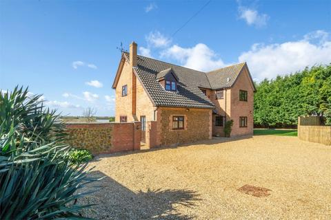 5 bedroom detached house for sale - Matai Country House, Heacham
