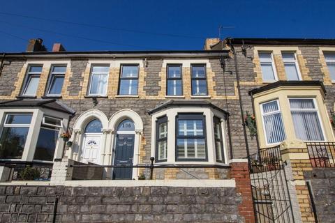 4 bedroom terraced house for sale - Plassey Street, Penarth