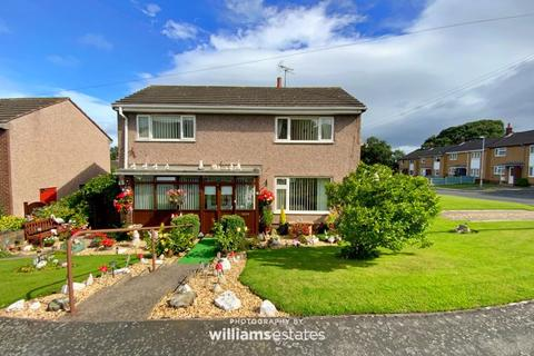 3 bedroom semi-detached house for sale - Nant Y Gro, Gronant