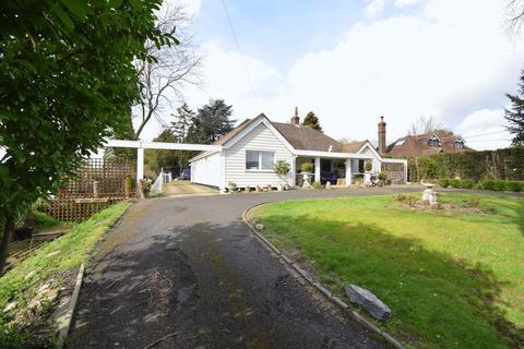 3 bedroom detached bungalow for sale - Magdalen Laver, Tilegate Road, Ongar