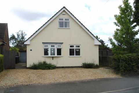 4 bedroom detached bungalow to rent - Cromwell Crescent, Market Harborough