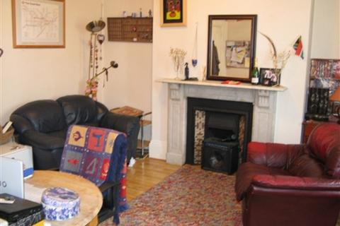 1 bedroom flat to rent - Station Road, Henley on Thames, Oxfordshire, RG9