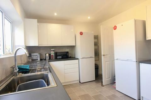 1 bedroom house share to rent - En-Suite on Arbury Road