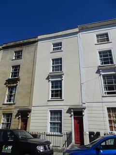 Studio to rent - Meridian Place - FF, Bristol