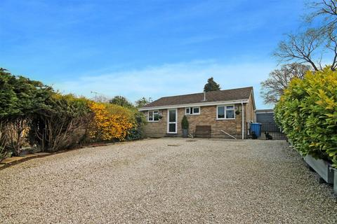 2 bedroom detached bungalow for sale - Seliot Close, Oakdale, Poole