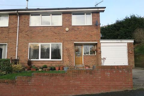 3 bedroom semi-detached house to rent - Spring View, Gildersome, Leeds