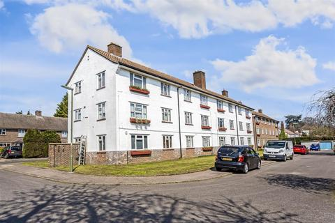 1 bedroom apartment for sale - Pound Road, Banstead