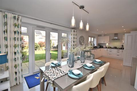 4 bedroom detached house for sale - Orchard Fields, Maidstone