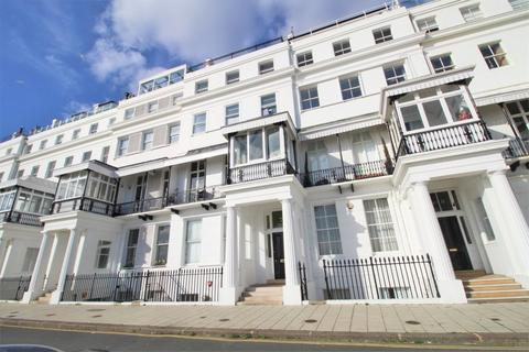 2 bedroom penthouse for sale - Chichester Terrace, Kemp Town, Brighton, BN2 1FG