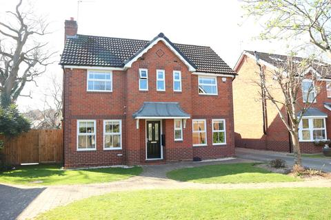 4 bedroom detached house for sale - Chelthorn Way, Solihull