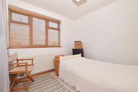 1 bedroom flat for sale - Harrison Drive, High Halstow, Rochester, Kent