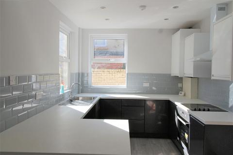 4 bedroom terraced house to rent - Adelaide Road, Liverpool, L7 8SG