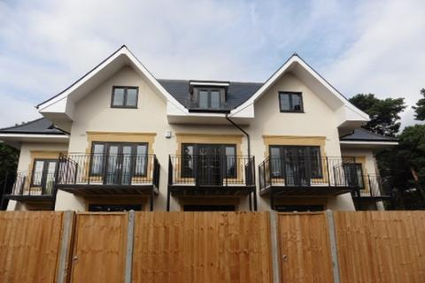 4 bedroom townhouse to rent - Talbot Avenue, Bournemouth