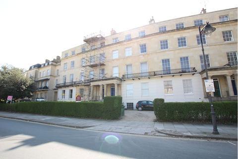 1 bedroom flat to rent - Ground Floor Flat , Lansdown Crescent , Lansdown , Cheltenham , GL50 2JY