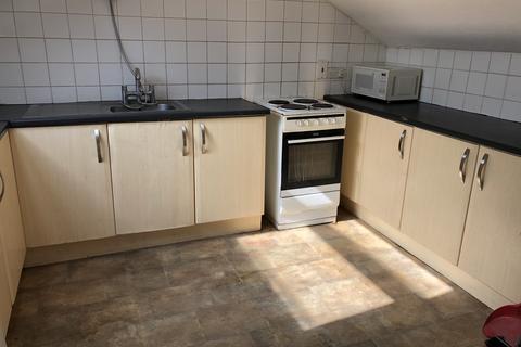 5 bedroom flat to rent - Bute Street, Luton LU1