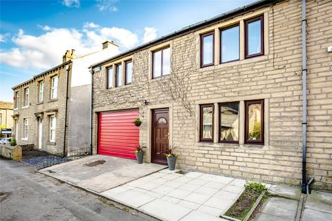 3 bedroom semi-detached house for sale - Rock Road, Birchencliffe, Huddersfield, West Yorkshire, HD3