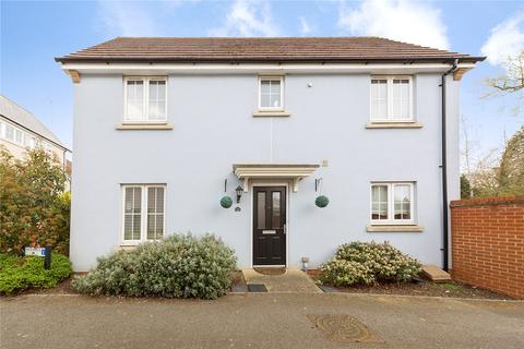 3 bedroom detached house for sale - Lambourne Chase, Great Baddow, Essex, CM2