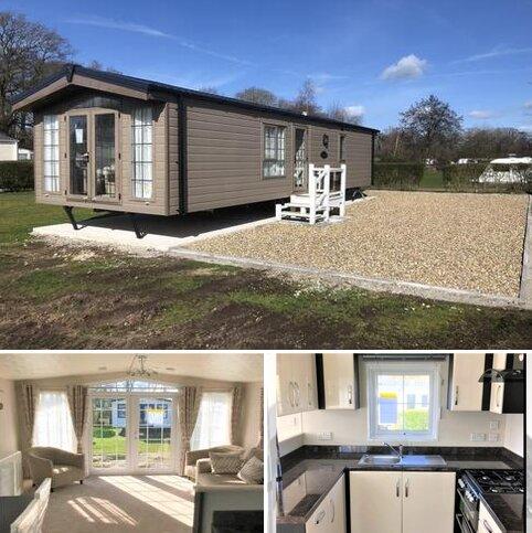 2 bedroom mobile home for sale - Little Lakeland Caravan Park, Harleston, Norfolk