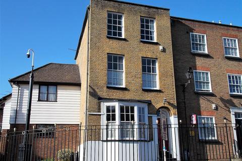 4 bedroom terraced house for sale - St Margaret's Banks, Rochester, Kent ME1