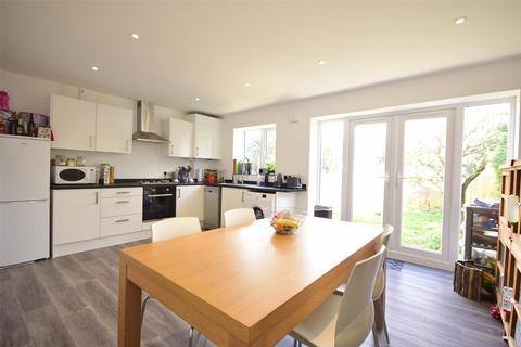 3 bedroom semi-detached house for sale - Overndale Road, Downend, BRISTOL, BS16 2RN