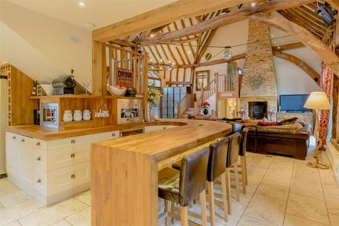 4 bedroom barn conversion for sale - Boars Tye Road, Silver End, Essex