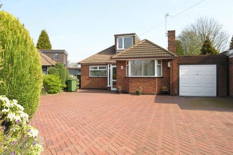 2 bedroom bungalow for sale - The Meadows, Aldridge