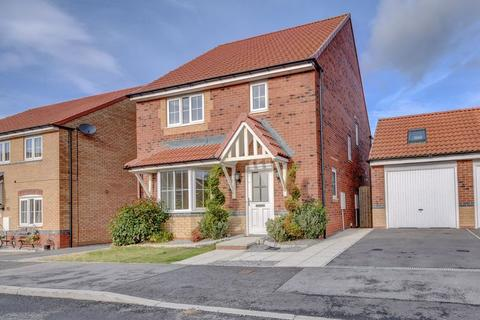 4 bedroom detached house to rent - Kingfisher Drive, Whitby
