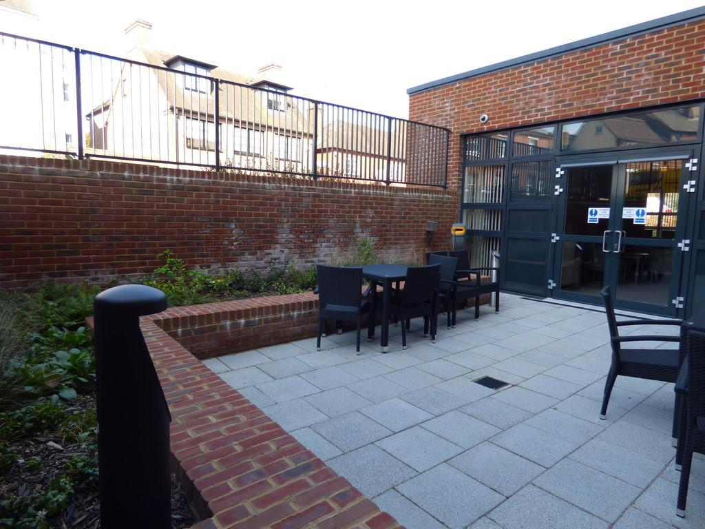 Chesil Lodge Winchester 2 Bed Apartment To Rent 163 1 600