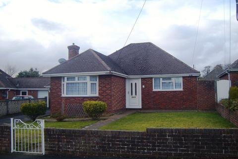 3 bedroom detached bungalow to rent - Mill Close, Nursling