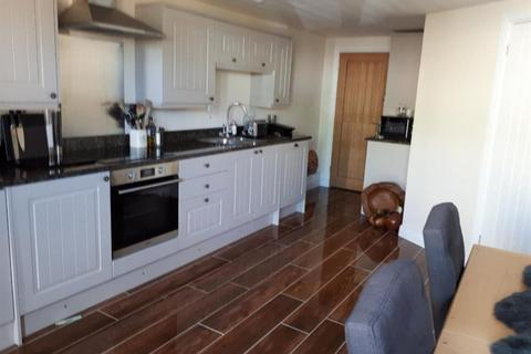 2 bedroom house to rent - KNOCKDOWN