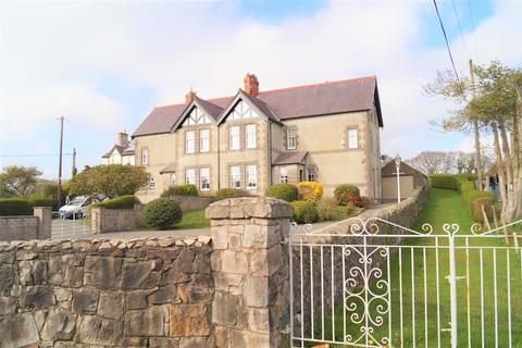 4 bedroom semi-detached house for sale - Chwilog, Pwllheli