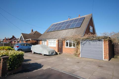 3 bedroom detached bungalow for sale - Stock Lane, Wybunbury, Nantwich