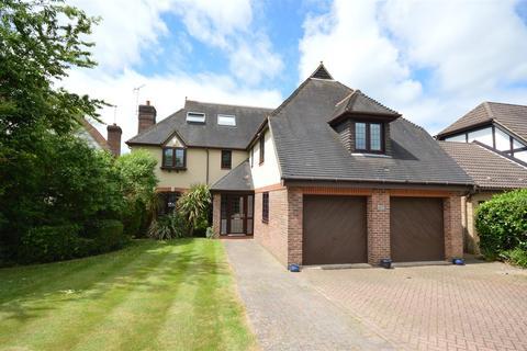 7 bedroom detached house for sale - Heathcote, Tadworth