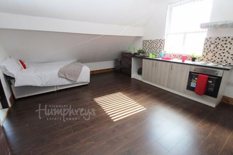 Studio to rent - Villa Road, Handsworth B19 - 8am-8pm Viewings