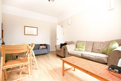 4 bedroom maisonette for sale - Simonside Terrace, Heaton, Newcastle upon Tyne