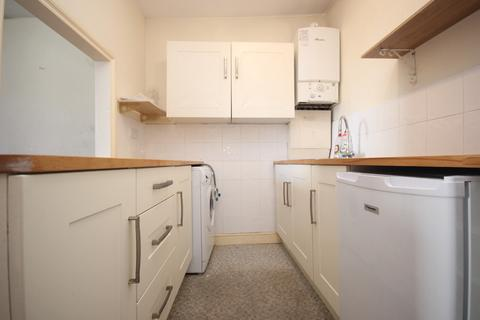 Studio to rent - Clarence Place, Stonehouse, Plymouth