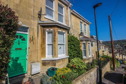2 bedroom terraced house for sale - Pera Place, Bath
