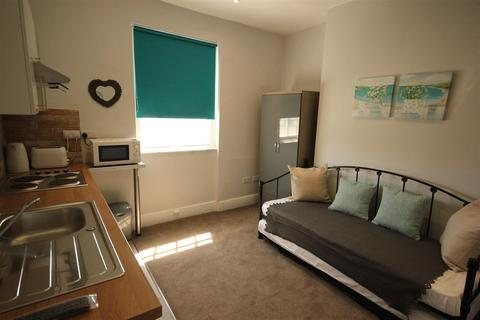 1 bedroom house share to rent - Western Road, Brighton