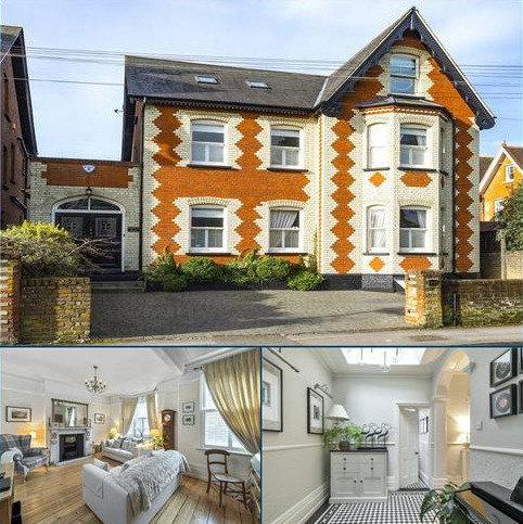 6 bedroom detached house for sale - Nightingale Road, Guildford, Surrey, GU1