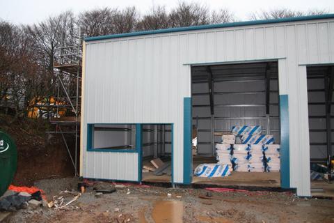 Industrial unit to rent - Tinner Way, Moss side Industrial Etsate, Callington PL17