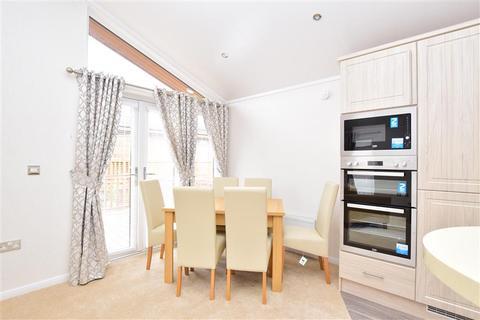 2 bedroom park home for sale - Wateringbury Road, East Malling, Kent