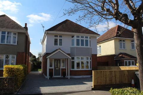 3 bedroom detached house for sale - Broughton Avenue, Bournemouth
