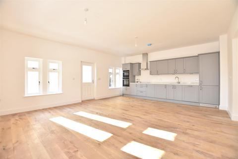 2 bedroom flat for sale - Heather Rise, Batheaston, BATH, BA1 7PH