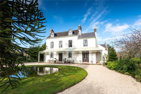6 bedroom detached house for sale - Villa Lane, Bicton, Shrewsbury